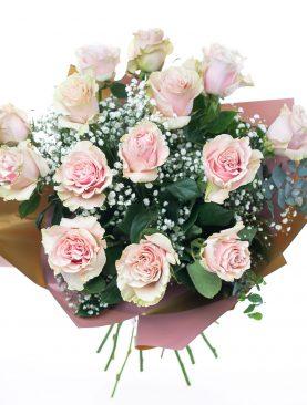 Kytica z ružových ruží ĽÚBEZNOSŤ